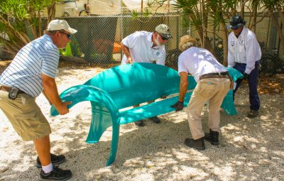 ART IN PUBLIC PLACES INSTALLS COLORFUL BENCHES MADE FROM PROPANE TANKS AT MARATHON COURTHOUSE